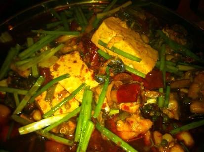 0 0 赞 0    还有很多家常菜也是油大重口味,9元的土豆丝,炝炒圆白菜