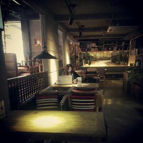 欧式精致小咖啡馆