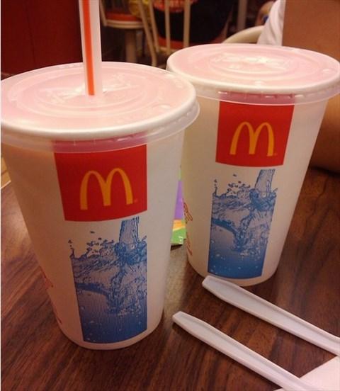 麦当劳咖啡杯子_麦当劳