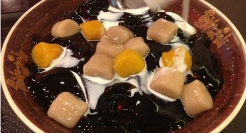 出香q的芋圆甜品,鲜嫩的仙草与滑嫩的传统的传统豆花