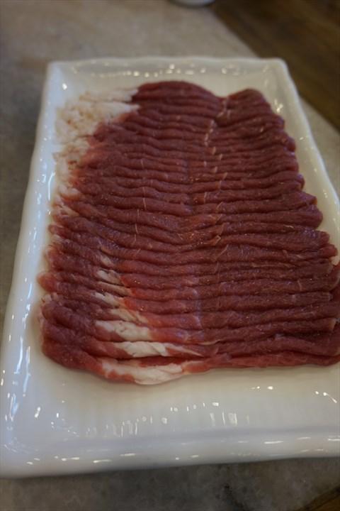 切了手的照片_手切鲜羊肉