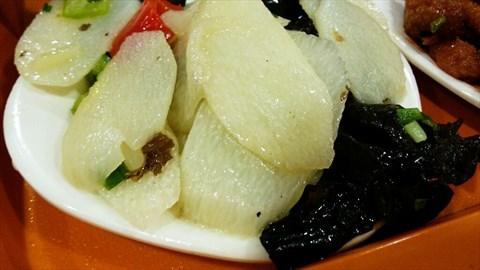 香港庙行镇的鑫美味中式快餐